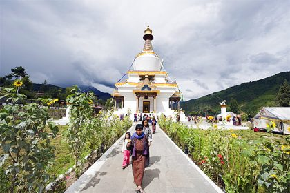 National-Memorial-Chorten-best-place-to-visit-in-Bhutan-classic-tours